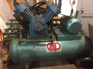 Compressor Tank and 20 HP 600 Volt Motor