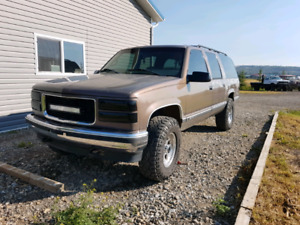 1998 GMC Suburban For Sale or Trade
