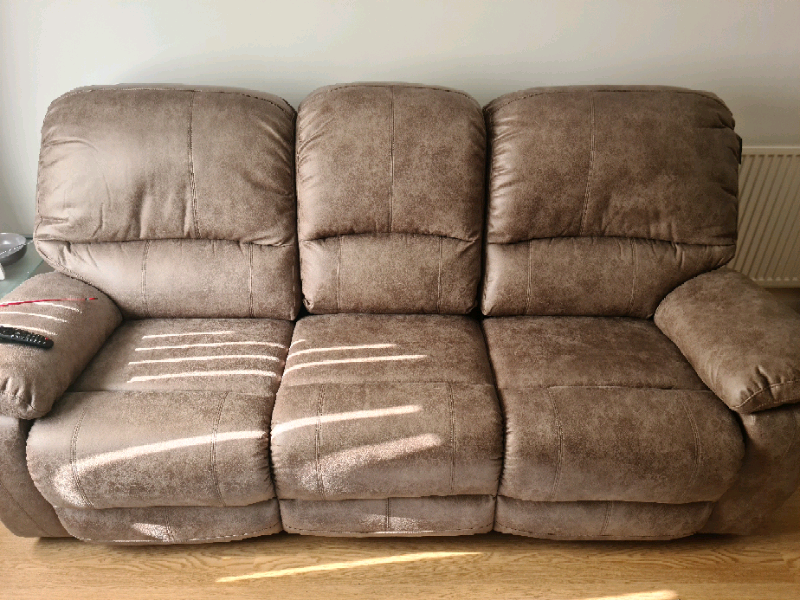 Brand new large 3 seater manual reclining sofa | in Ammanford, Carmarthenshire | Gumtree