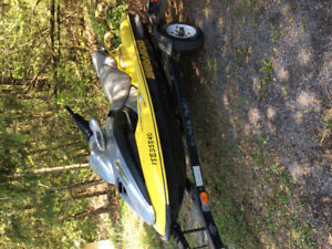 Selling 2002 Bombardier Sea-doo with trailer!!!