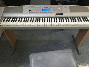 Yamaha Keyboard Portable Grand