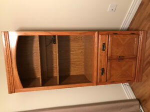Solid wood hutch/tv stand