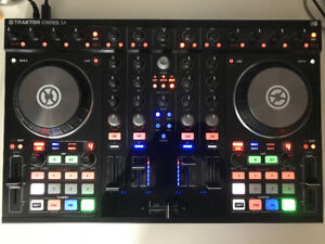 Traktor S4 Controller & Maschine Mikro (Sell separately)