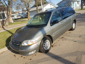 1999 Ford Windstar Green Minivan, Van