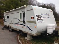Extra Clean 30ft Travel Trailer