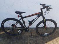 Mens Fuji Nevada 1.6 19inch 27.5 Bike with accessories