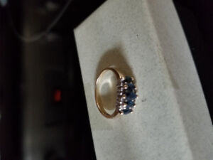 10kt gold ring with blue sapphires ladies ring