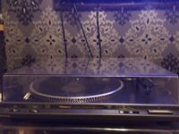 TECHNICS STROBE TURNTABLE