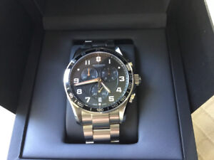 VICTORINOX Chrono Classic XLS Black Dial Watch New in box