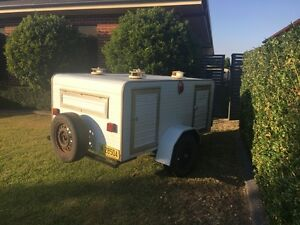 Dog trailer Grafton Clarence Valley Preview