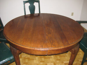 Antique table for quick sale
