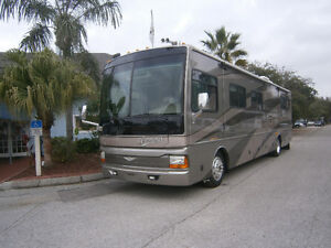 fleetwood discovery 39 pieds 2004 diesel avec youyou 2011
