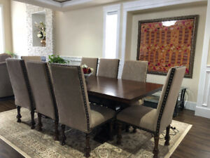 Elegant Dinning table with 8 chairs