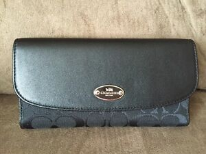 Authentic COACH Wallet- NEW!