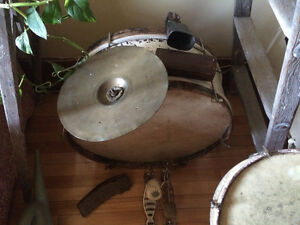 Antique drum - Early 1900's ! Help identify it? Ludwig & Ludwig?
