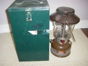 MILITARY COLEMAN LANTERN WITH STEEL CASE