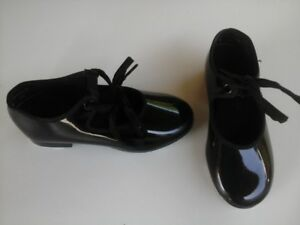 Tap Dancing Shoes for Young Girls