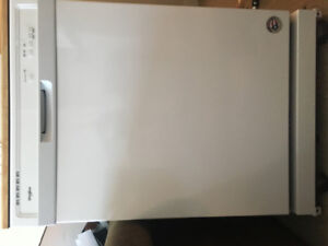 Brand new, never used, portable dishwasher for sale!