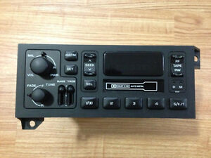 Dodge Chrysler Jeep OEM Stereo/Cassette Player P56038933AB