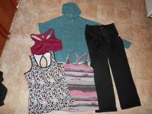 4 sets of good active wear clothing