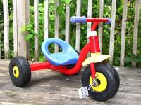 Tricycle for small child - boy or girl - works great!