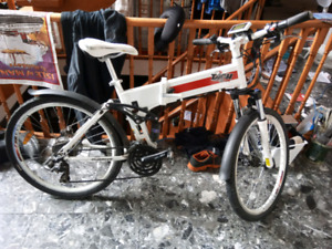 Daymak Arsenal E-bike
