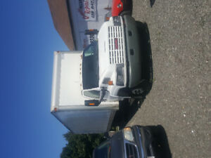 2004 GMC C550 Commercial Truck