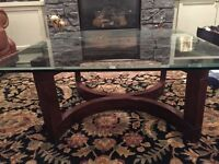 BONDARS GLASS TABLE