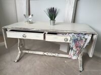Coffee Table - Shabby Chic - Side Table