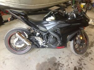 2015 Yamaha r3 for sale or trade