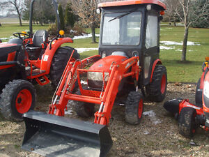 Kioti CK20 Cab Tractor & Loader & Snowblower