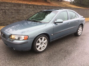 VOLVO S60 2.5T. AWD 2004 ( !! CUIR, TOIT, MAGS !! )