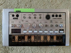 Korg Volca Bass -- Like New in Box