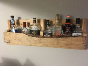 Pallet liquor display racks