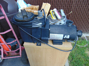 1 hayward big motor for pool 1.5 hp asking 75  514-803-4656