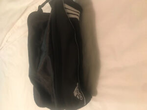 Adidas shoe carrier