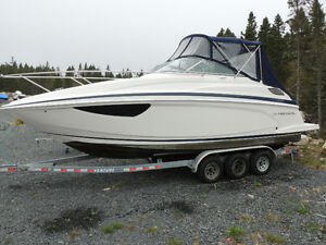 2013 Regal 28 Express Cruiser