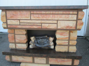 GORGEOUS ELECTRIC FIREPLACE UNIT