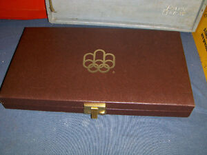 CANADIAN OLYMPIC COINS 1976 DISPLAY CASE-EMPTY-VINTAGE!