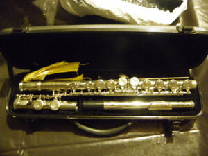 Like new Lauren flute with case