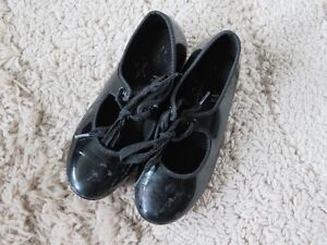 Girls Size 11 Tap Shoes