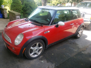 2004 Mini Cooper 113000 kms. As Is. Read Whole Ad