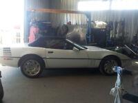 Chevrolet Corvette Convertible1990