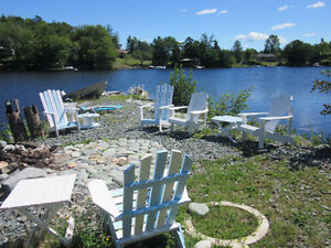 Lovely lakefront apartment near Porters Lake