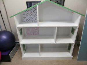 Homemade House-shaped Bookcase
