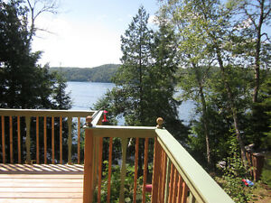 Waterfront Cottage- Lake MacDonald - Harrington (bord de l'eau)