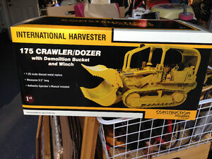 INTERNATIONAL HARVESTER IH 175 CRAWLER/DOZER  FIRST GEAR BRAND