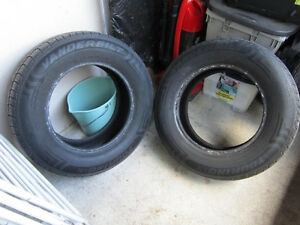 Pair Of 2 Tires 205/70R15