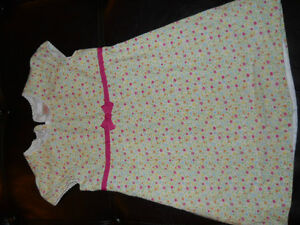 Old navy girls dress size 3T