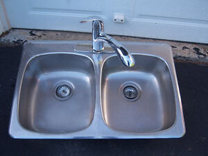Stainless Steel Kitchen Sink with Faucet